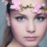 Portrait pour Jeune Fille par Olivier Fabre, Photographe Professionnel. 2020 ©️ Tous droits réservés.